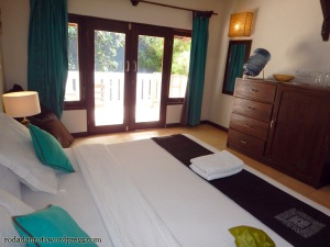 Tir Na Nog Hotel 01