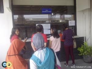 loket pengambilan paspor imigrasi waru surabaya