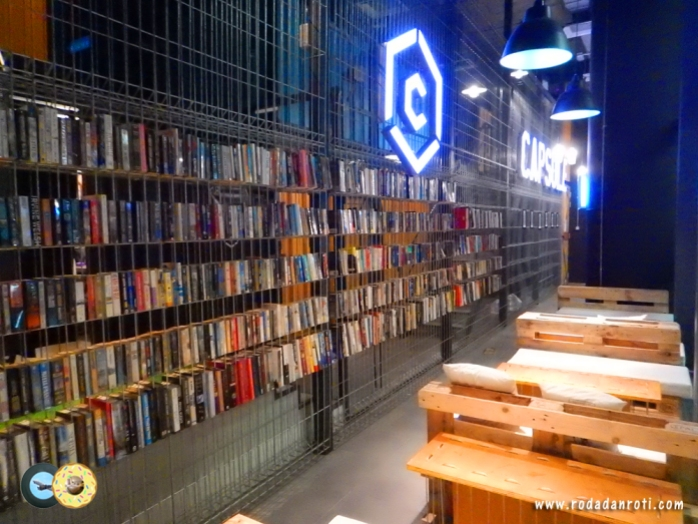 perpustakaan capsule by container hotel klia2 malaysia copy