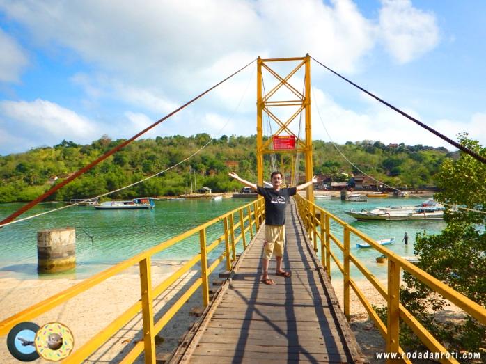 jembatan-kuning-nusa-lembongan